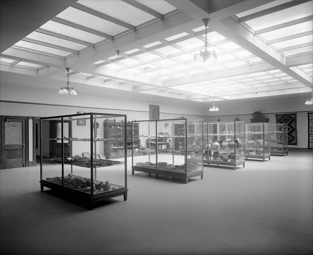 1_University of Utah Museum Interior Shipler #15573 Aug