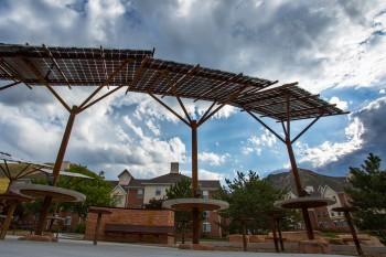Solar-Plaza-4